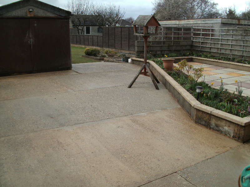 Pressure cleaning bournemouth cleaning decking lawn ranger for Garden maintenance bournemouth